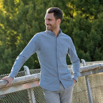 Light blue reverse collar chambray shirt