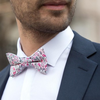 Bow Tie with Pink Paisley Pattern