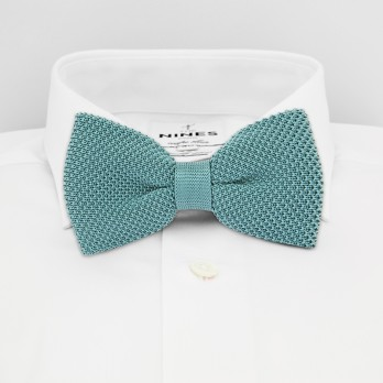 Frosty Green Knit Bow Tie in Silk