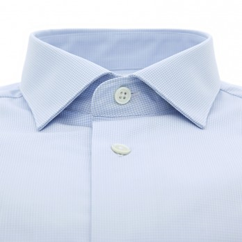 Light blue shark collar shirt with houndstooth pattern