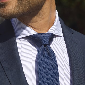 Cutaway collar shirt with blue stripes