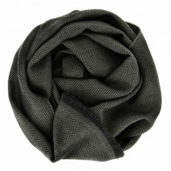 Khaki merino wool scarf with herringbone pattern